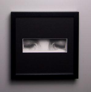 """""""Sérénité"""", dessin aux crayons de papier sur papier d'art lisse 220g, au format 20x20 cm"""