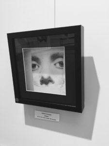 """""""Présence"""", dessin aux crayons de papier sur papier d'art lisse 220g, au format 20x20 cm"""